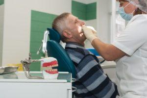 Бесплатное протезировании зубов для пенсионеров свердловской области